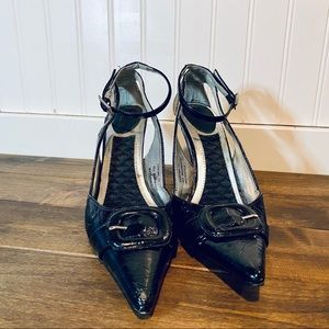 Dollhouse patent leather style pointy toe pumps